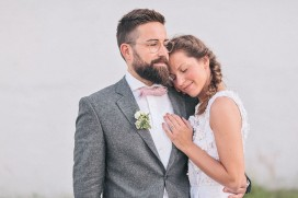 groom with beard