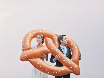 Florence & Tobias // Farbenfrohe Hochzeit in Bayern